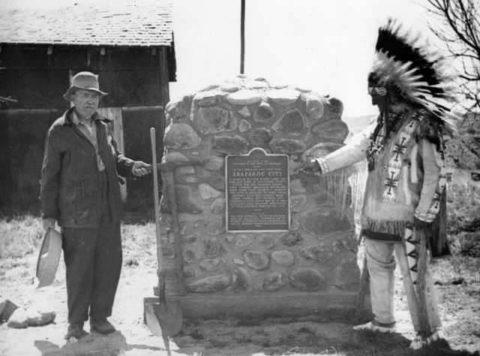Image Arapahoe Bar Historid Monument